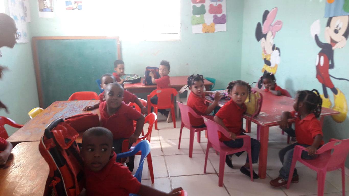 FUNDEBMUNI: Klassenzimmer